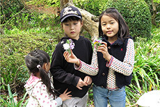 花と少女達0022ss.jpg